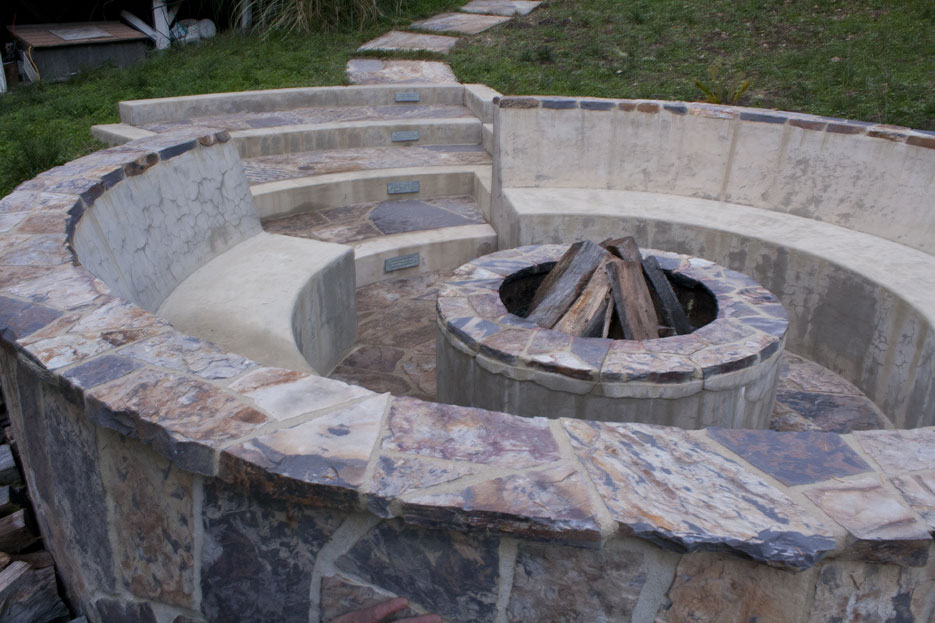 lumi step firepit day